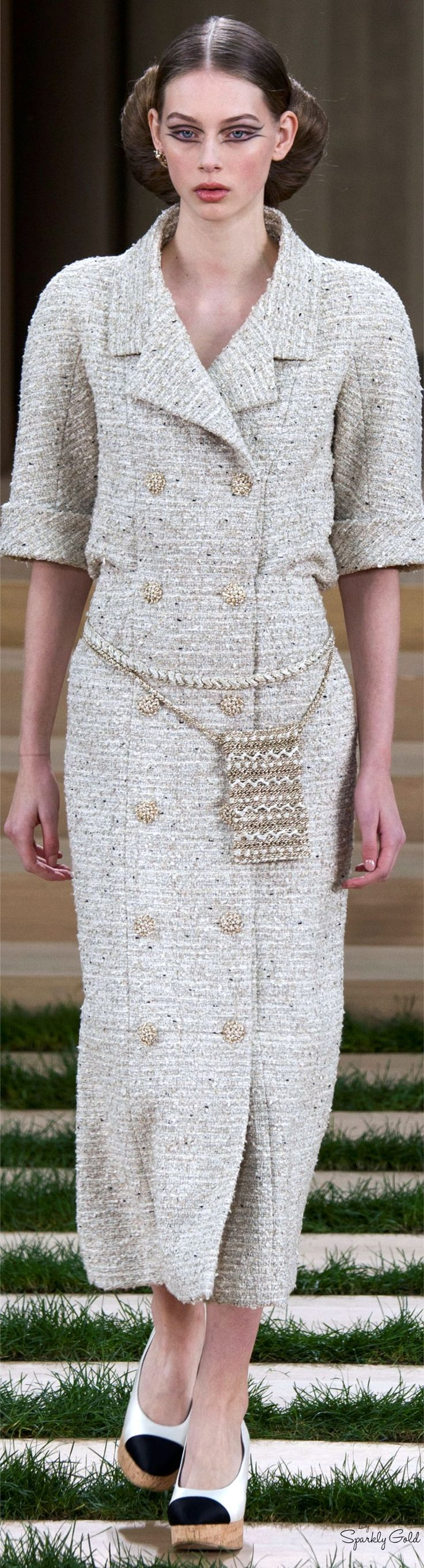 Chanel Spring 2016 Couture women fashion outfit clothing style apparel @roressclothes closet ideas