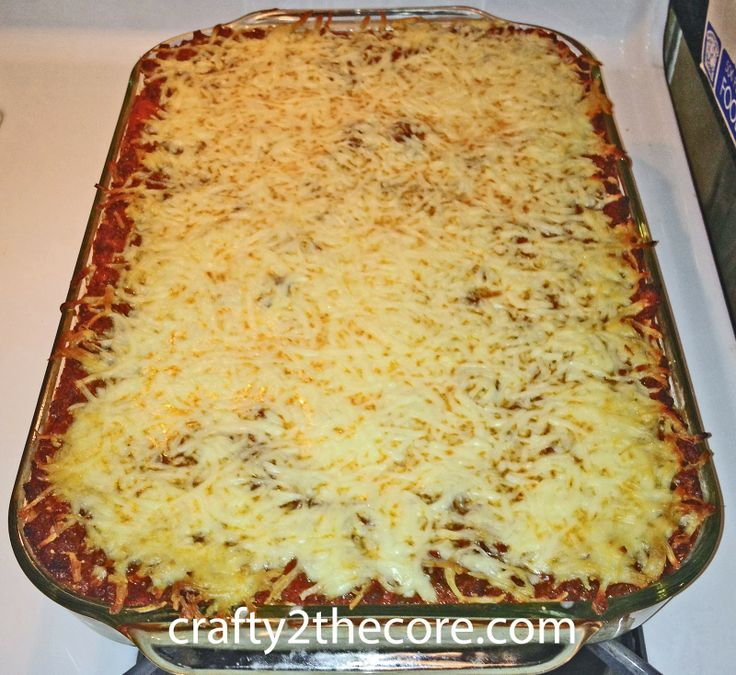 ~Fancy Pants Spaghetti Casserole~  yummy layered casserole (a cross between lasagna & spaghetti. (Spicy version included.) Great for large crowds!