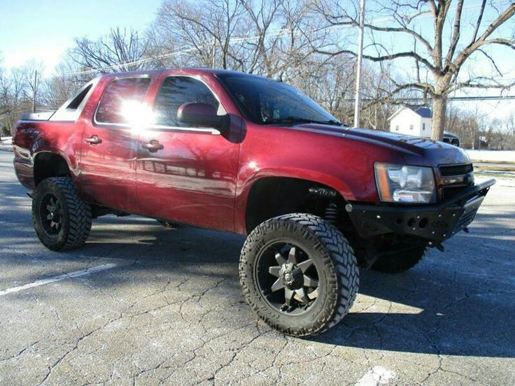 2008 Chevrolet Avalanche lifted