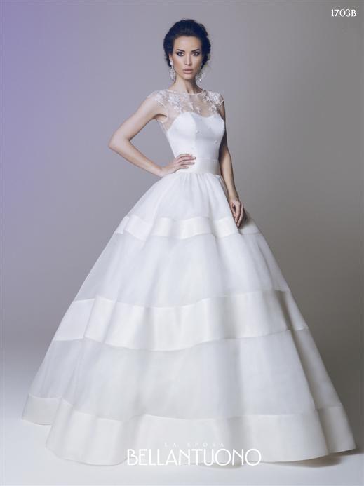 Bellantuono #abitodasposa #weddingdress #bride #wedding #pigal #pigalboutique
