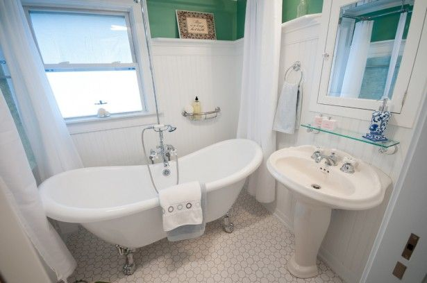 Clawfoot Tub with shower window | Shower Curtain And White Towel Plus Clawfoot Tub Also Sliding Window ...