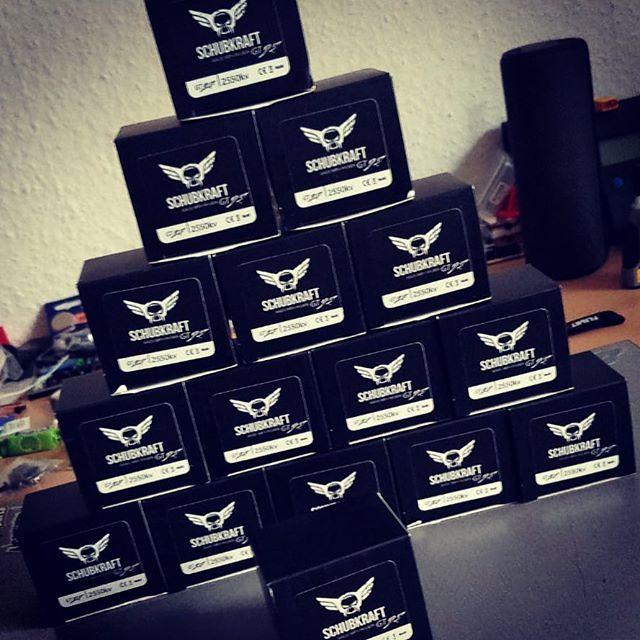 SCHUBKRAFT GT Motors | Get yours @ flyingfolk.com - CHEERS! Follow  Tag @schubkraft_fpv #fpv #fpvracing #quadlife #quad #racing #dronechampionsleague #quaddiction #dronesque #airvuz #multirotor #multigp #esc #drone #schubkraft #droneracing #GT25 #GT26 #GT27 #2207 #2205 #2206 #2400kv #1600kv #2550kv #blhelis  #drones #bb21 #dcl #dshot #blheli32 - www.flyingfolk.com