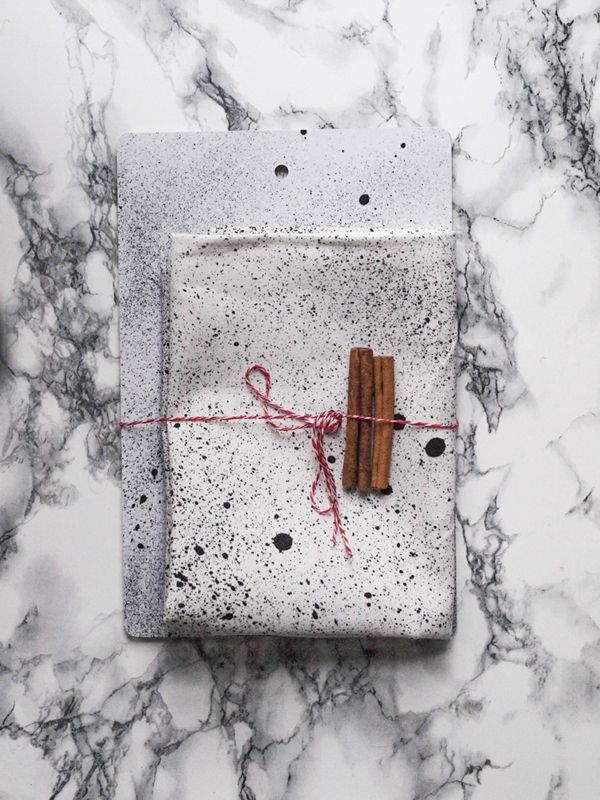 Somewhere | Double Pack: Spatter cutting board and kitchen towel
