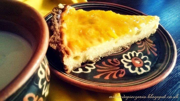 Serowa tarta z mango.