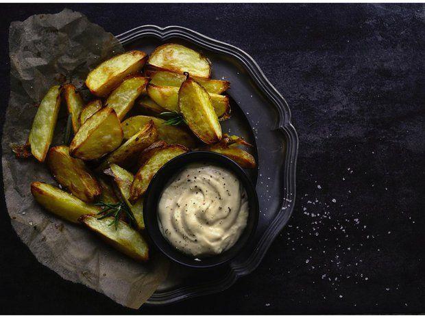 Pečené brambory s česnekovou majonézou 2, Foto: All