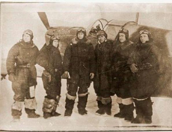 Летчики 172-го ИАП перед боевым вылетом . город Люберцы декабрь 1941-январь 1942 года
