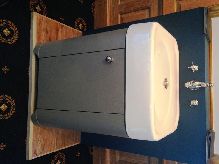 Arcade 500mm cloakroom vanity unit in grey