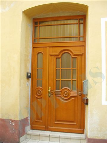Vstupní dveře Sapeli - více na http://www.dodo-dvere.cz/cz/k/Vnitrni-dvere-sapeli.aspx