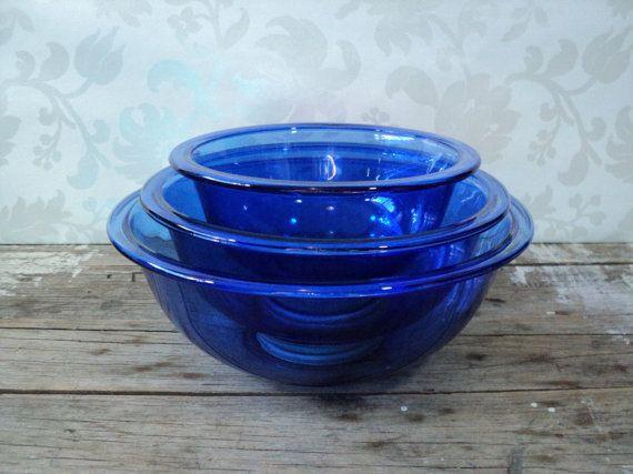 Cobalt Blue Pyrex bowls, 3 piece nesting bowl set, glass, mixing, kitchen, baking