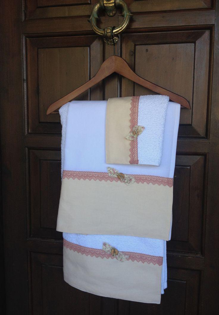 Συλλογή Βάπτισης Λινό Και Δαντέλα #Σετ Λαδόπανα #Λαδόρουχα  #Baptism #Christening Undergarment Set #Ladopana #Chrisoms #Towel Set #Christening Contents #Lathopana #Linen Baptism Towel Set #Vintage Lace #Linen And Lace Baptism Set