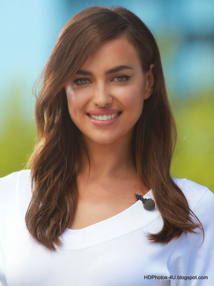 Fantastic HD Photos of Cristiano Ronaldo's girlfriend Irina Shayk - HD Photos