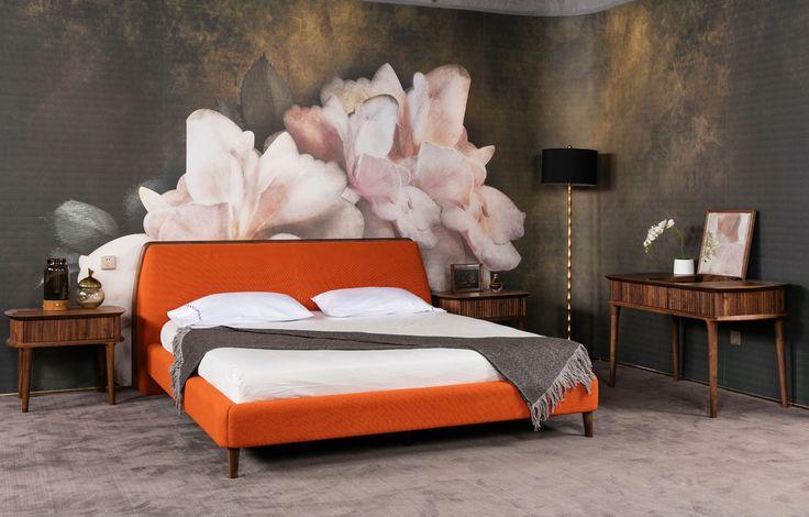 #wallpaper #cartadaparati #bedroom #decor #decoration #homestyling #homedercor #interiordesigner #interiordecorator #archilovers #designlovers #flowers #floral #peony