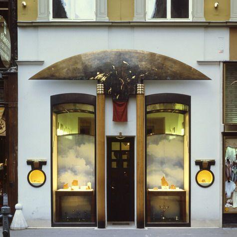 Schullin II / shops and interiors / HANS HOLLEIN