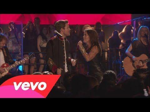 Alejandra Guzmán a Dueto Con Dani Martin - Aunque Me Mientas (En Vivo) - YouTube
