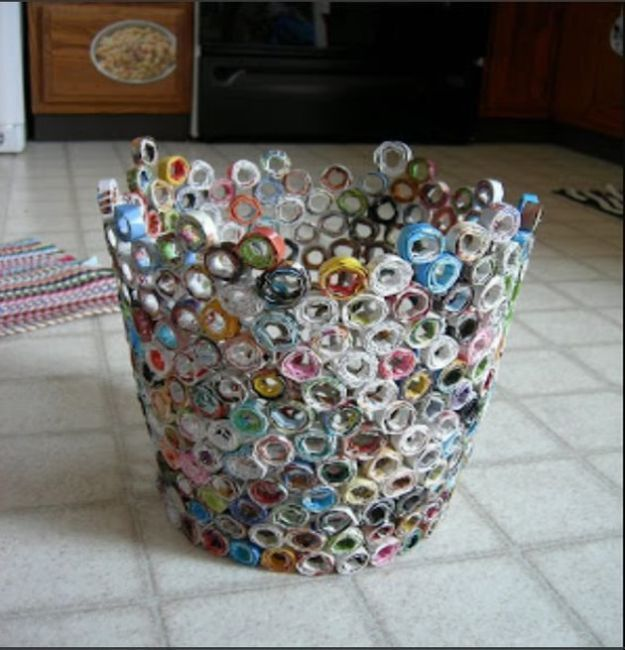 32 Impressive Diy Trash Cans Magazine Crafts Recycled Magazines