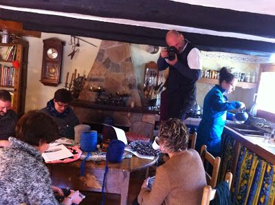 Crochet workshop by Delimalimon Craft in Cal Peguera, Castell de l'Areny. Barcelona, Spain