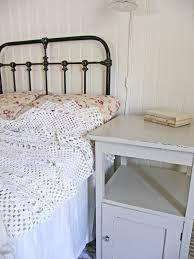 nattduksbord med marmorskiva - Sök på Google