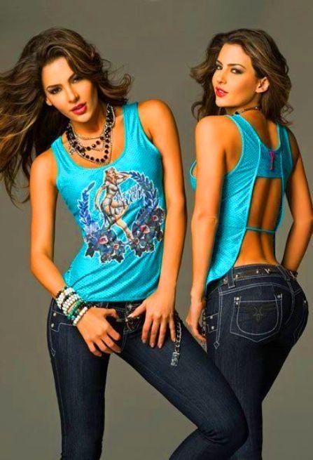 hot latin model Natalia Velez