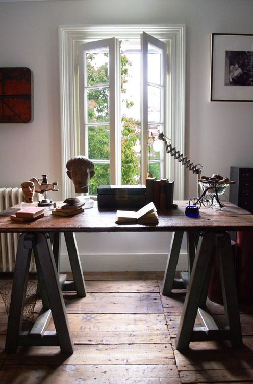 Desk-wood table