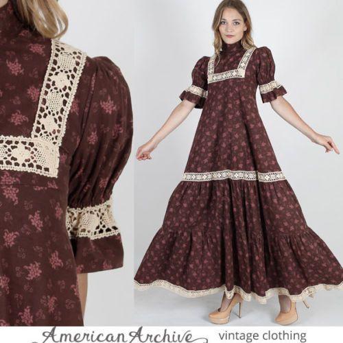 vtg 70s Laura Ashley Floral Dress Crochet Lace Boho Hippie Festival Prairie Maxi