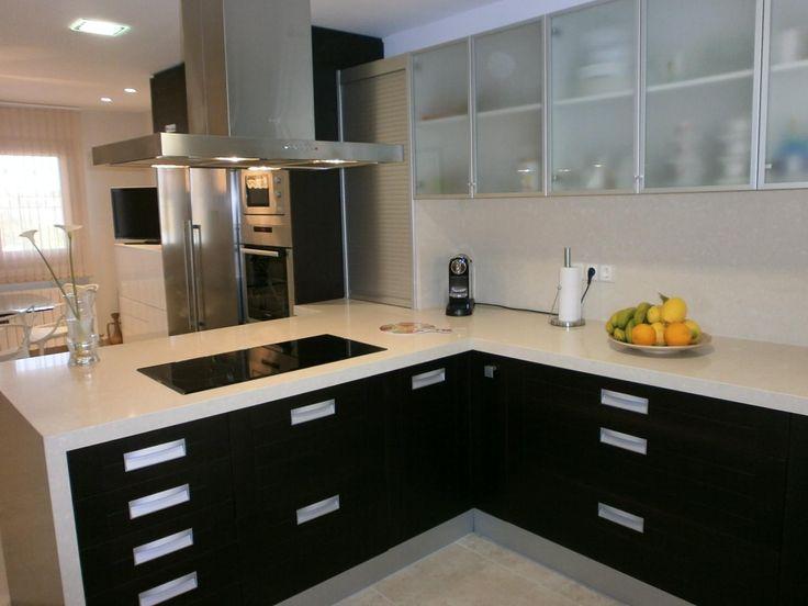 Dise o de cocinas peque as para apartamento buscar con - Ideas de cocinas pequenas ...