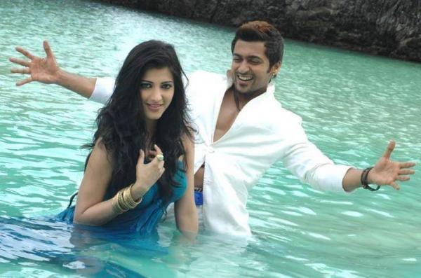Suriya and Shruthi Hassan In 7aum Arivu movie