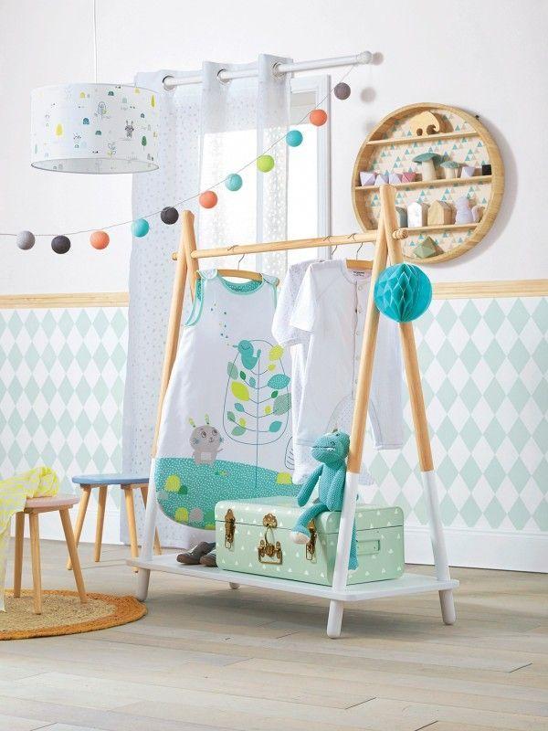 414 best chambre b b images on pinterest chambre de - Portant vetement bebe ...