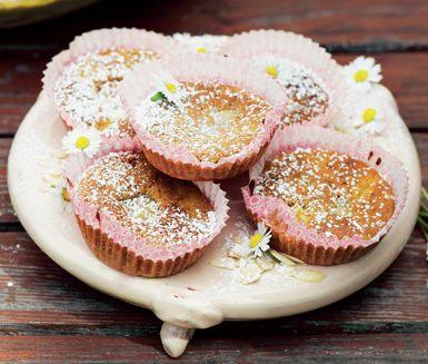 Rabarbermuffins med mandelmassa