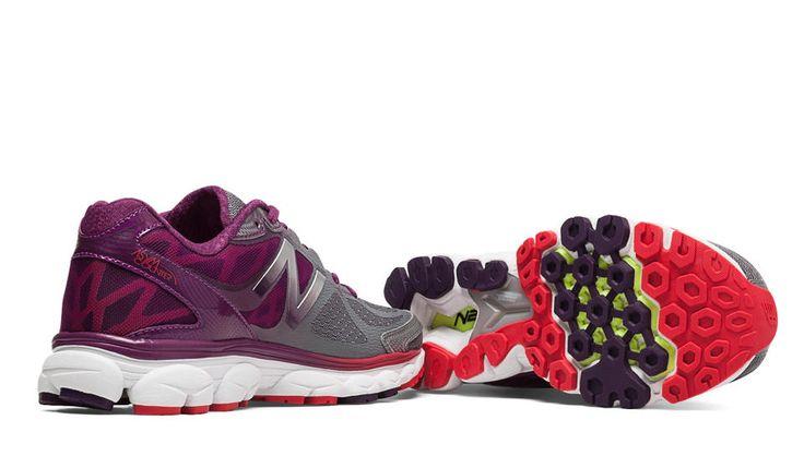 New Balance 1080v5, Gris avec Violet Current shoes, really comfy.