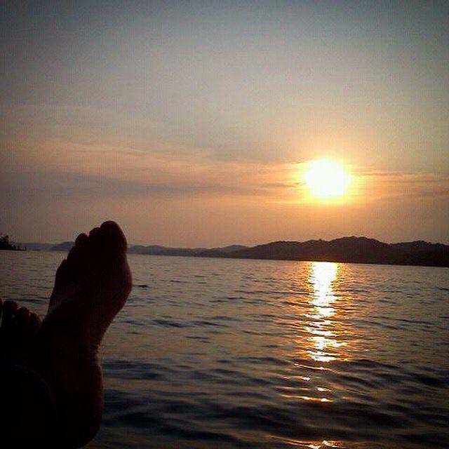 Watching A Beautiful Sunset T Dale Hollow Lake Beautiful