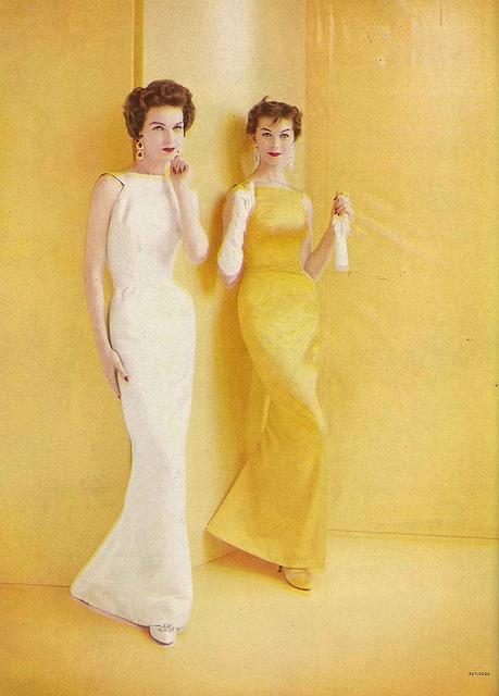 Joanna McCormick (L), September Vogue 1956 by Richard Rutledge