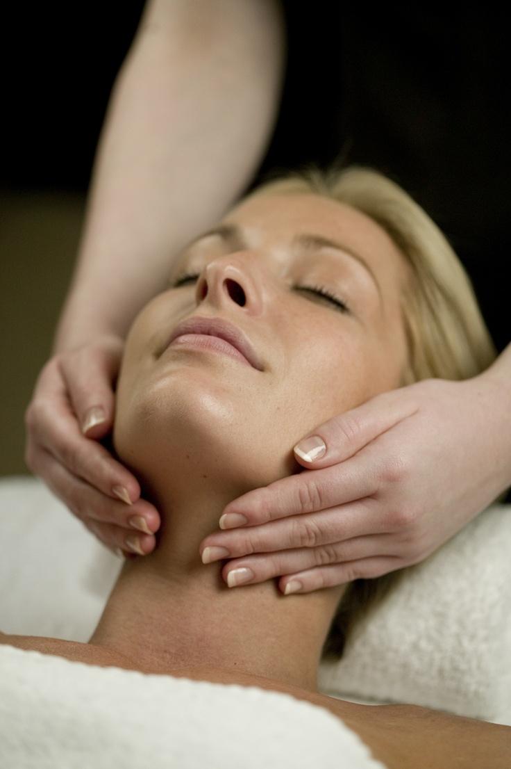 Woman HUGE facial hand spa treatment video I've