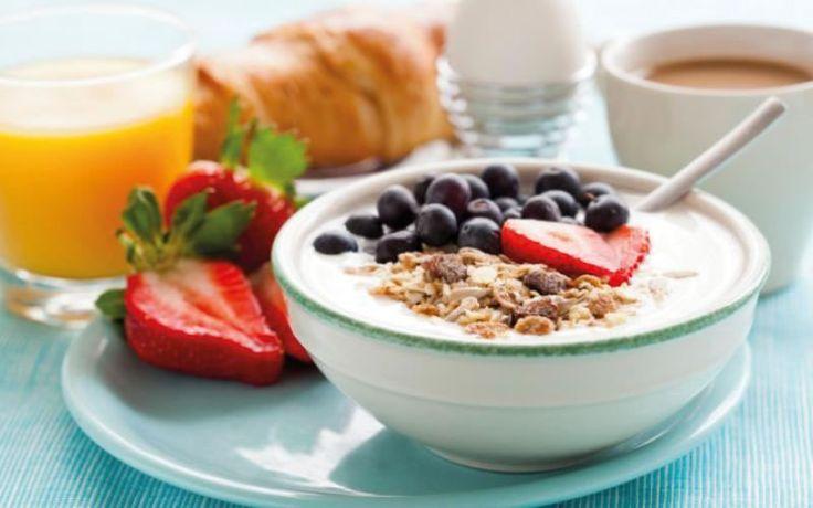 4 Reasons to never skip breakfast #healthy #breakfast #weightlossrecipes