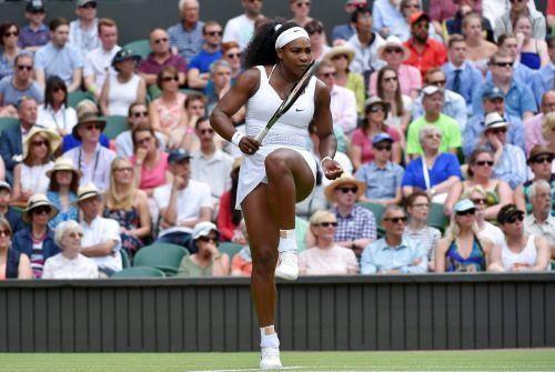 Serena Williams número uno del mundo en el encuentro contra su hermana Venus.   Wimbledon 2015.