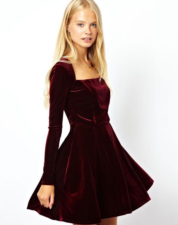 vestido de terciopelo - Buscar con Google                                                                                                                                                      Más
