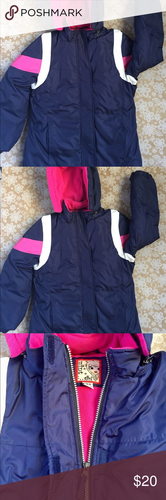 Mint Girl super warm puffer jacket girls M (8/10) Very warm puffer style jacket for girls size M (8/10) Dark blue with white and pink accents. Zipper closure with Velcro reenforcement. Velcro straps on sleeves help keep kids warm and snow out. Hood zips on/off Mint Jackets & Coats Puffers