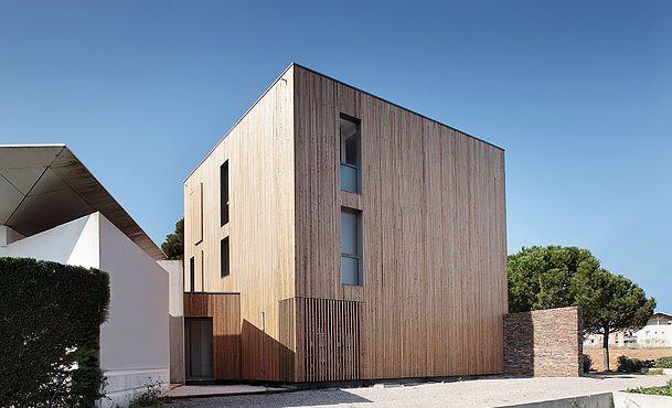 Les 25 meilleures id es de la cat gorie architecte for Architecte interieur herault