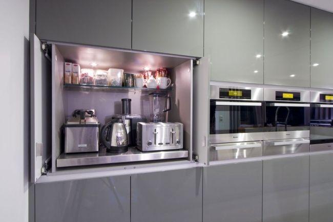 Küche austattung stauraum einbaugeräte hochglanz grau