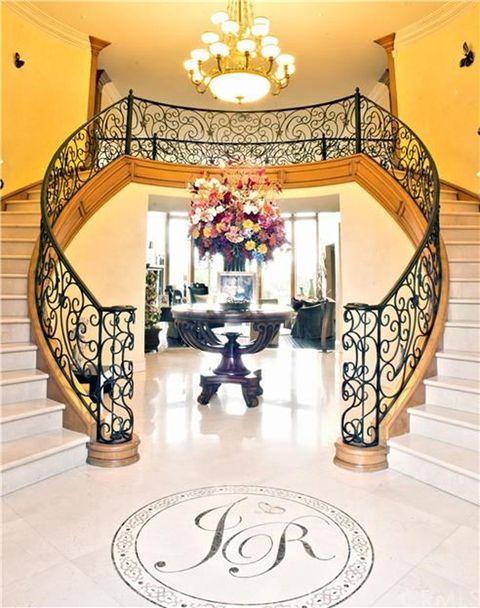 Jenni Rivera House -- For Sale! | Photo 1 | TMZ.com