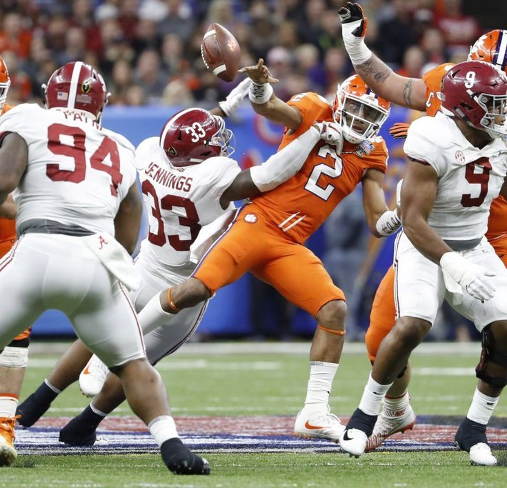 Anfernee Jennings pressures Clemson QB and Da'Ron Payne makes the grab!!
