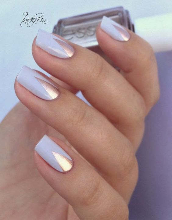 You must welcome spring by adopting one of the most beautiful pastel manicures that go with every outfit and make you feel so much better. You must combine pastel manicures with natural beauty looks.