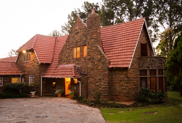 Moerdijkhuis Guest House and B – Pretoria City Centre - Authentic Olde Worlde Charm in Pretoria, Capital City of South Africa