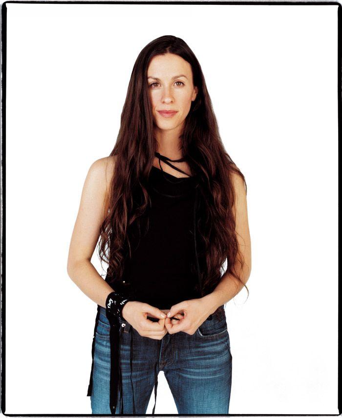 Аланис Мориссетт (Alanis Morissette) в фотосессии Джона Ранкина (John Rankin) для альбома Under Rug Swept (2002), фотография 5