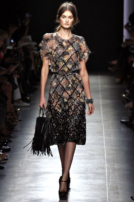 This reminds me strongly of Barbra Streisand's purple dress in Hello Dolly. Except way prettier. (Bottega Veneta Spring 2013)