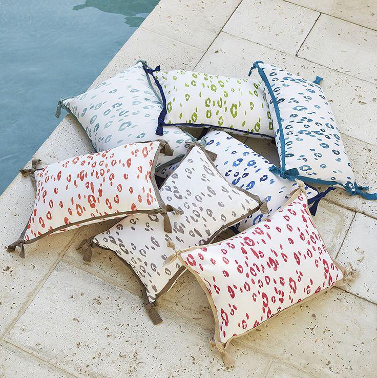 Seeing Spots | Lacefield Leopard Outdoor Lumbar Pillows #outdoorliving #southernmade #designingwomen #summer