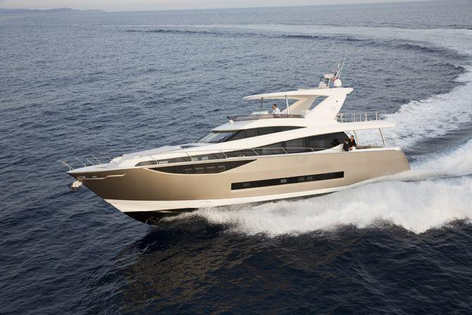 Prestige 750 - Kat Marina