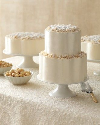 Scalloped Cake with Macadamia Nuts