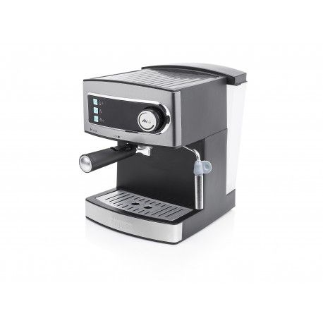 Grâce à cette cafetière, vous pourrez apprécier de délicieuse tasse de café. Les 15 bar feront 2 expressos simultanément. Grâce à la buse, confectionnez des ...