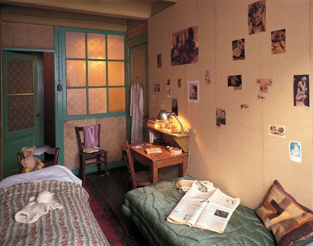 Anne Frank and Fritz Pfeffer's Room - Anne Frank Guide