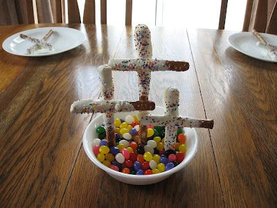 Easter Snacks to make, with bible passages to teach the real stories of Easter.